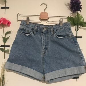 Urban Outfitters 26W Mom High Rise Shorts